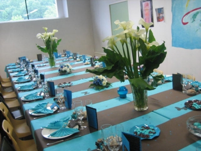 Primera comuni n ii la cajita azul de roc o - Deco de table communion fille ...